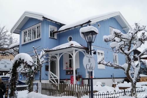 Blaues Haus 1