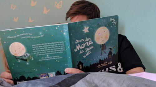 Einschlafritual Buch vorlesen am Abend