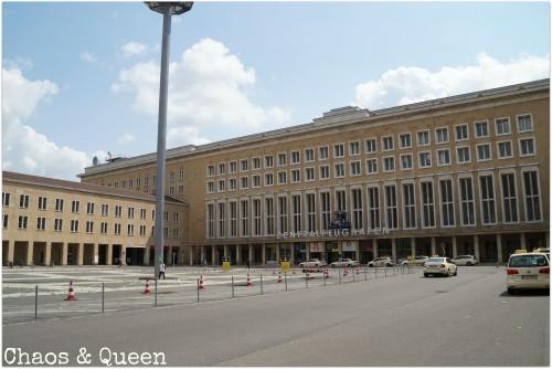 Tempelhof 9